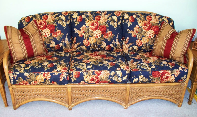 New Cushion Covers For This Wicker Sofa
